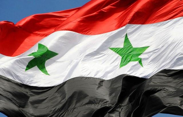 """الجيش العربي السوري : الولايات المتحدة ارتكبت عدواناً على إحدى قواعدنا الجوية """"يجعلها شريكة لداعش والنصرة"""""""